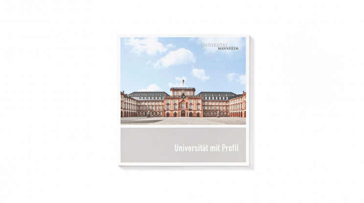 universitaet-mannheim-marketingbroschuere_titel