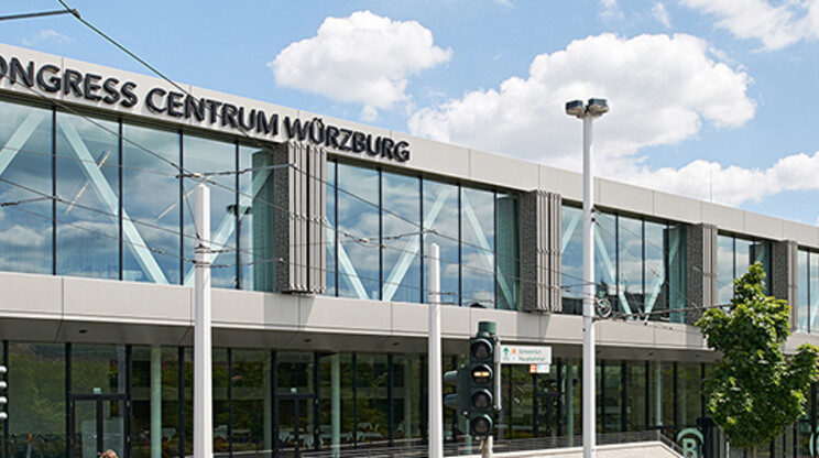 Congress Centrum - enlargement and conversion - Würzburg - facade of the entrance situation