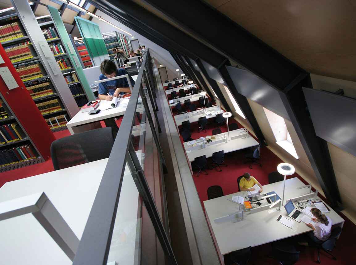 Revitalisation - Castle of Mannheim - library gallery and workspaces
