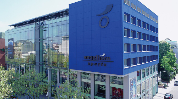 sports store - reconstruction and expansion - engelhorn sports Mannheim - outdoor - high angle