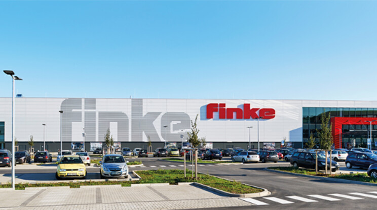 new construction - furniture competence centre - Finke Hamm - building environment overview - view from car park