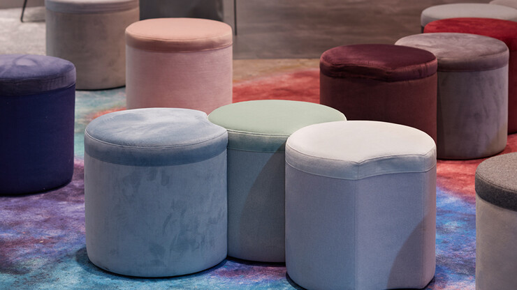 pouf - retail and fairs - product design - Henri - arrangement of poufs in different colours