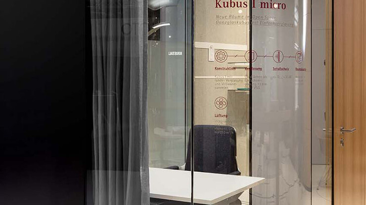 office system - room-in-room - Kubus I micro - view from outside - glass edge window