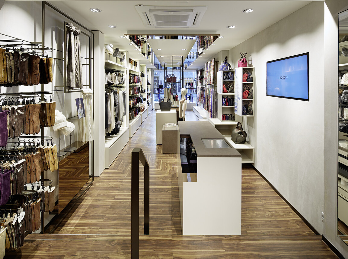 store design - retail design - Roeckl Munich - inside store overview from backside