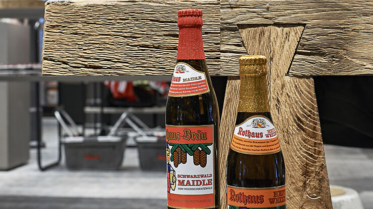 brewery fanshop - beer - conception and realization - Rothaus Grafenhausen -  arrangement detail - decorative beer bottles