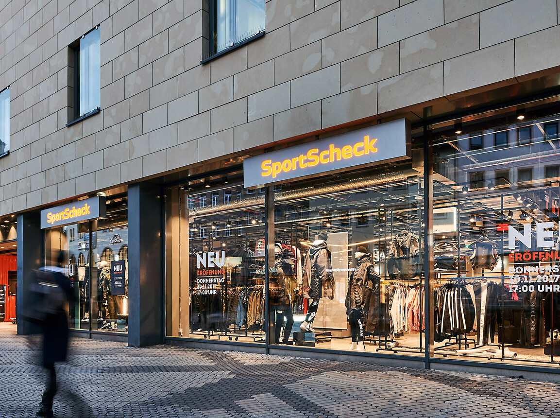 sports store - interior redesign - SportScheck Nuremberg - view on facade from outside